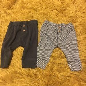 5/$30 Carter baby Pants 0-3